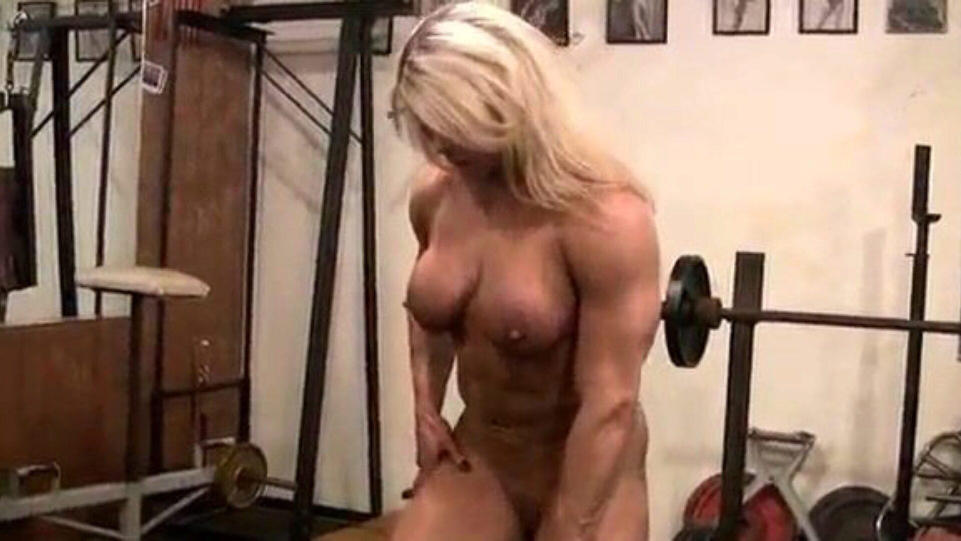 Nackt bodybuilderin Bodybuilders