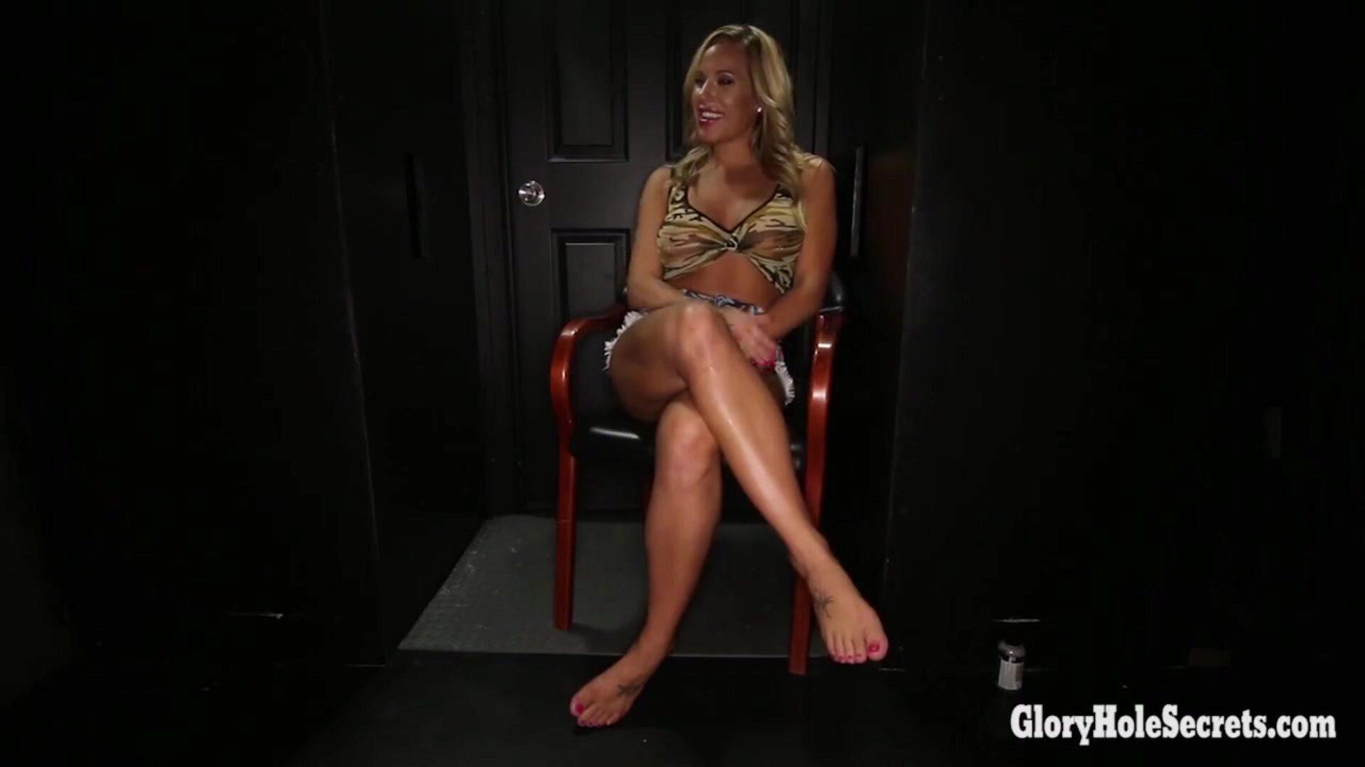 女の子とセックスしている女の子の無料動画 - Nude Clap