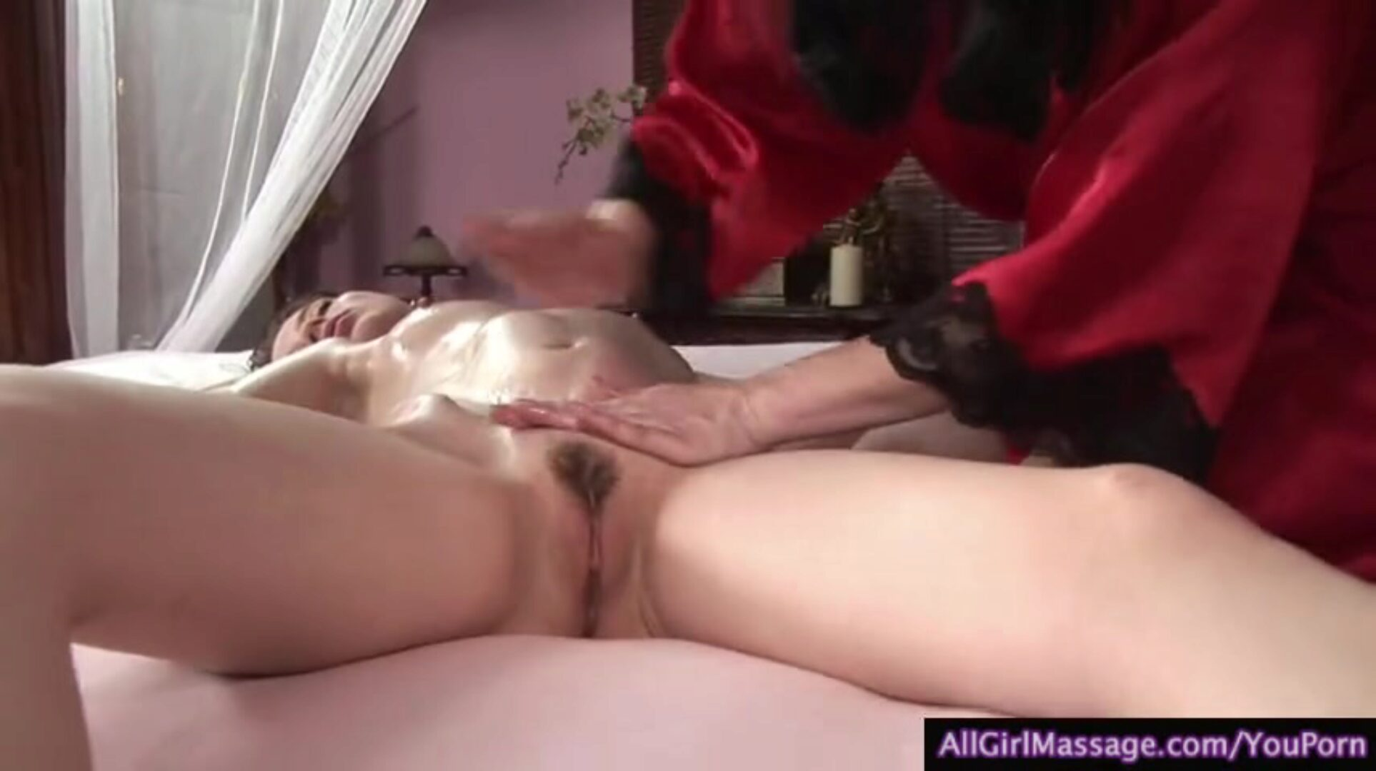 Hot mother I'd like to fuck takes advantage of a cheerleader