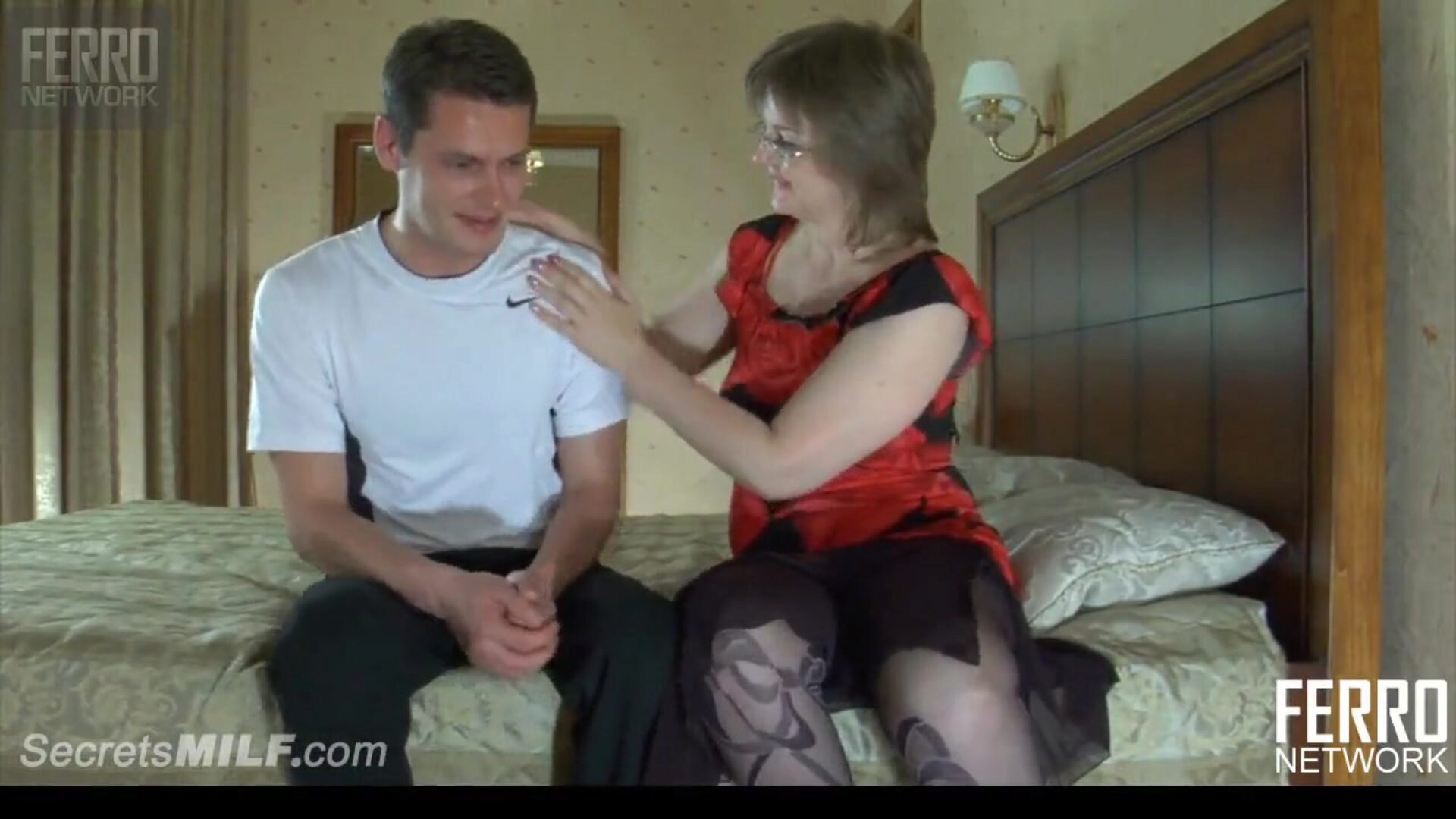 Mom in glasses lust for a hard plow with teen son-in-law